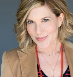 Julie Wittner Headshot