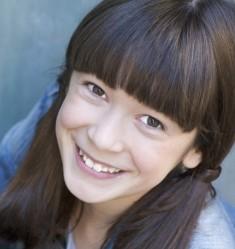 Grace Kaufman Headshot